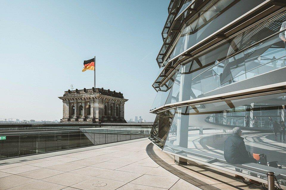 В Германии закрывают счета Russia today