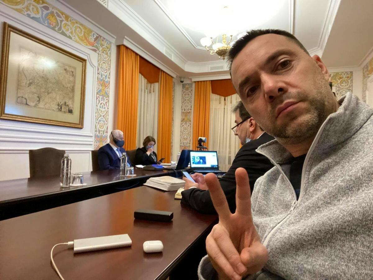 ТКГ проводит срочное заседание из-за обострения на Донбассе