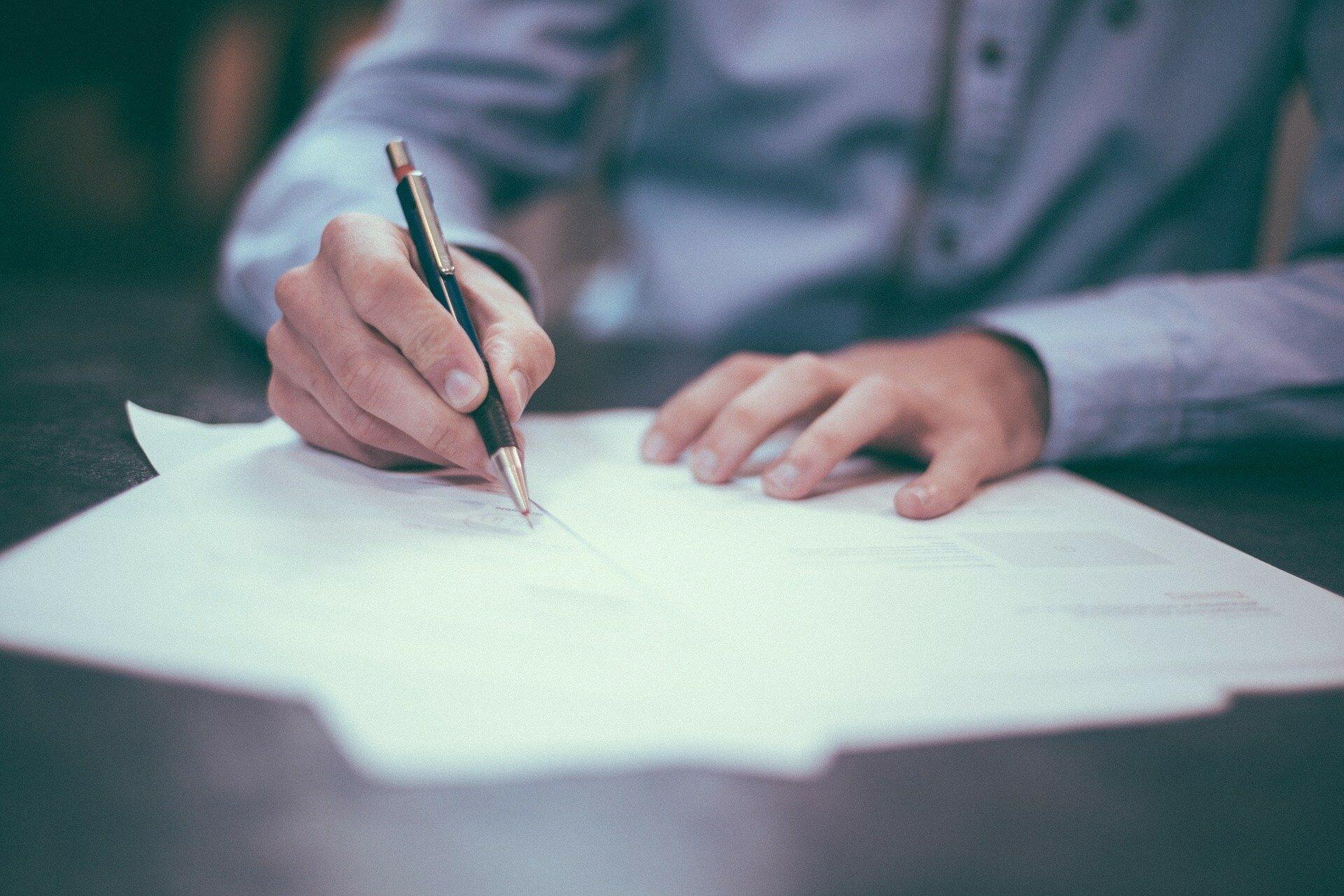 Какими документами ФЛП может подтвердить покупку  у физлица