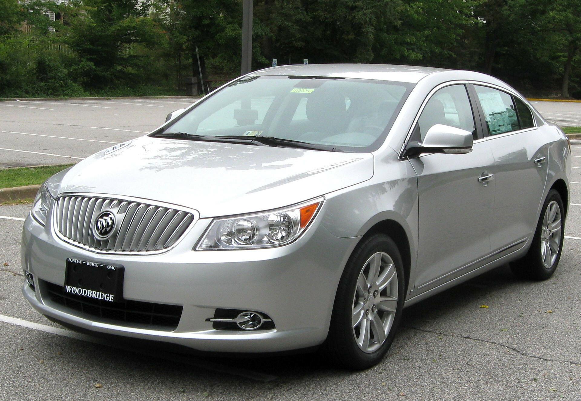 Buick подготовил для Китая трехрядный внедорожник