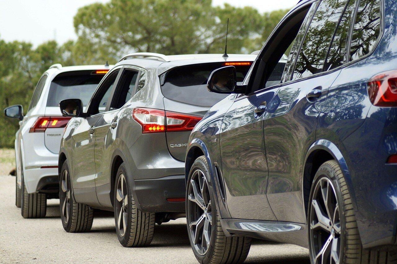 Евробляхеры спешно избавляются от своих авто