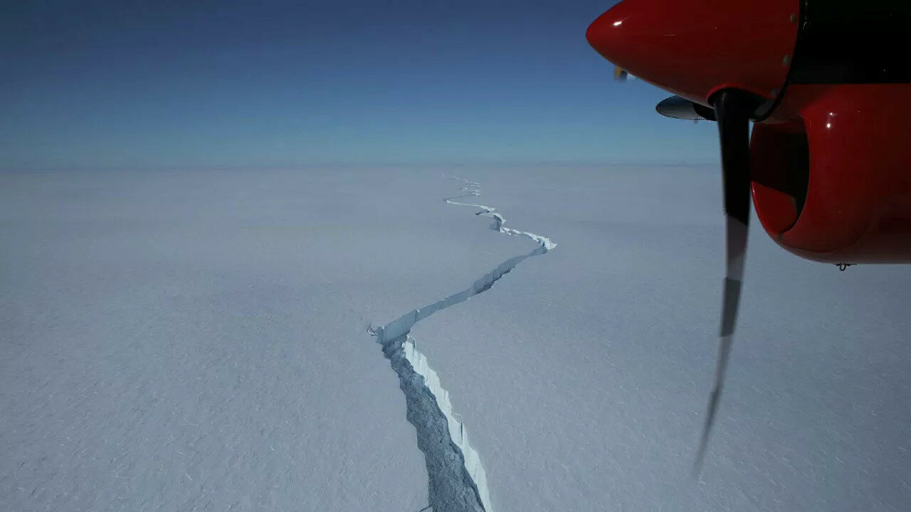 Ученые обнаружили угрозу обрушения шельфовых ледников Антарктиды