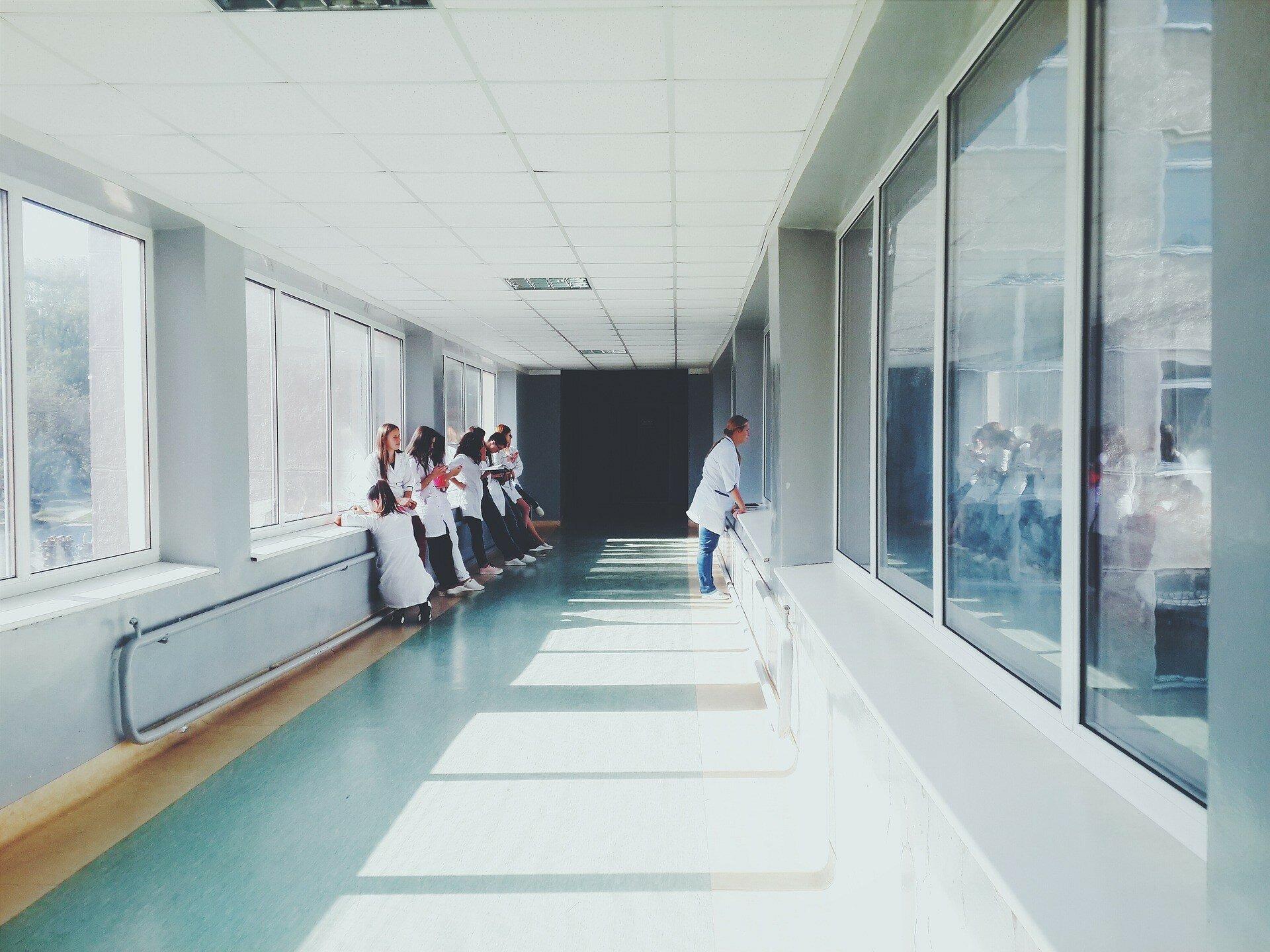 Киевсовет просит Минздрав разрешить использовать ведомственные больницы