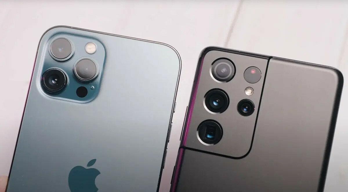 Galaxy S21 против iPhone 12: какие смартфоны дешевеют быстрее