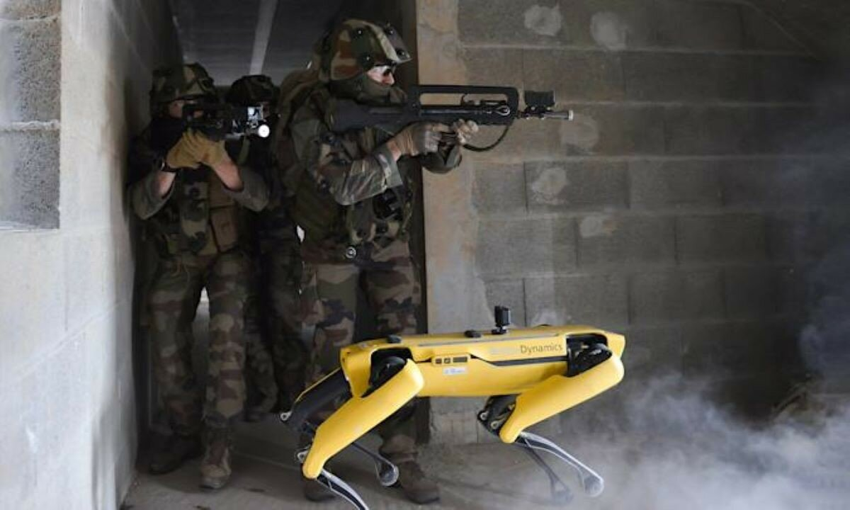 Французская армия протестировала робота Spot в учебном бою