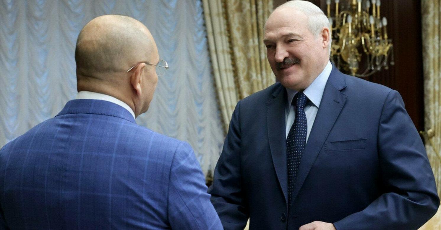 """""""Слуга"""" Шевченко объяснил свою поездку к Лукашенко"""