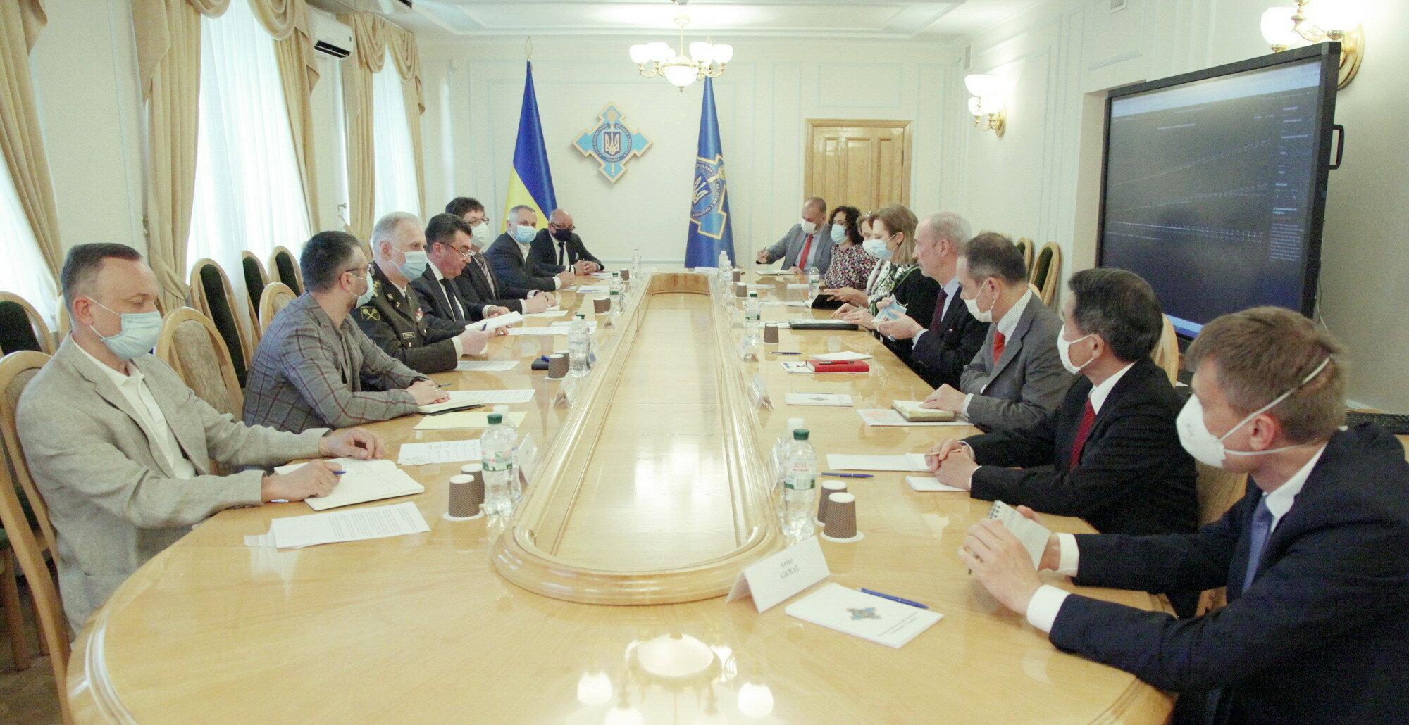 Заседание СНБО: подробности повестки дня на 9 апреля