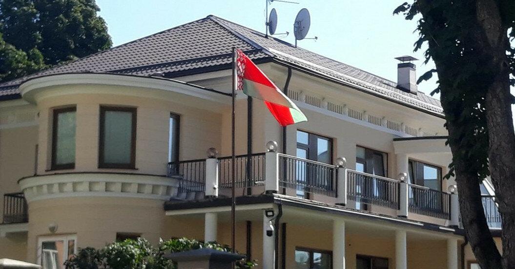 Латвия в ответ высылает всех белорусских дипломатов