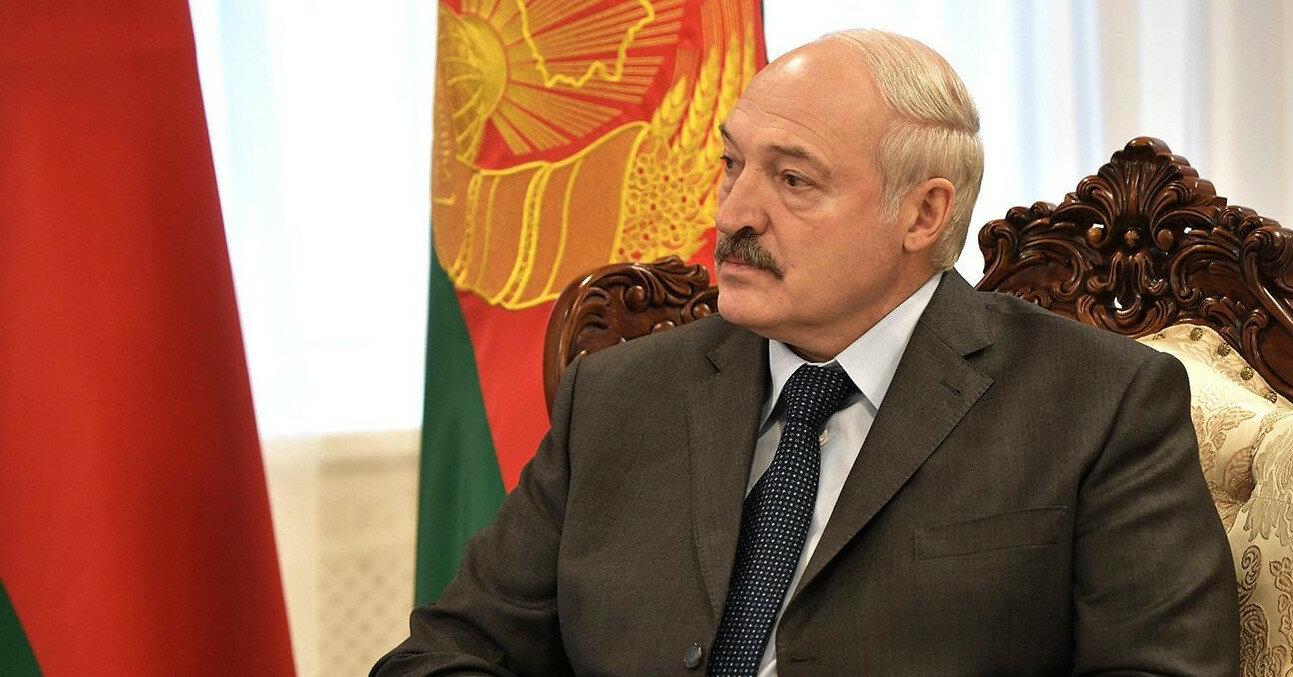 Лукашенко заявил, что готов провести досрочные выборы