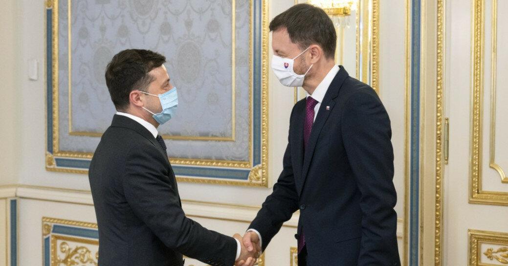 Владимир Зеленский провел встречу с премьером Словакии