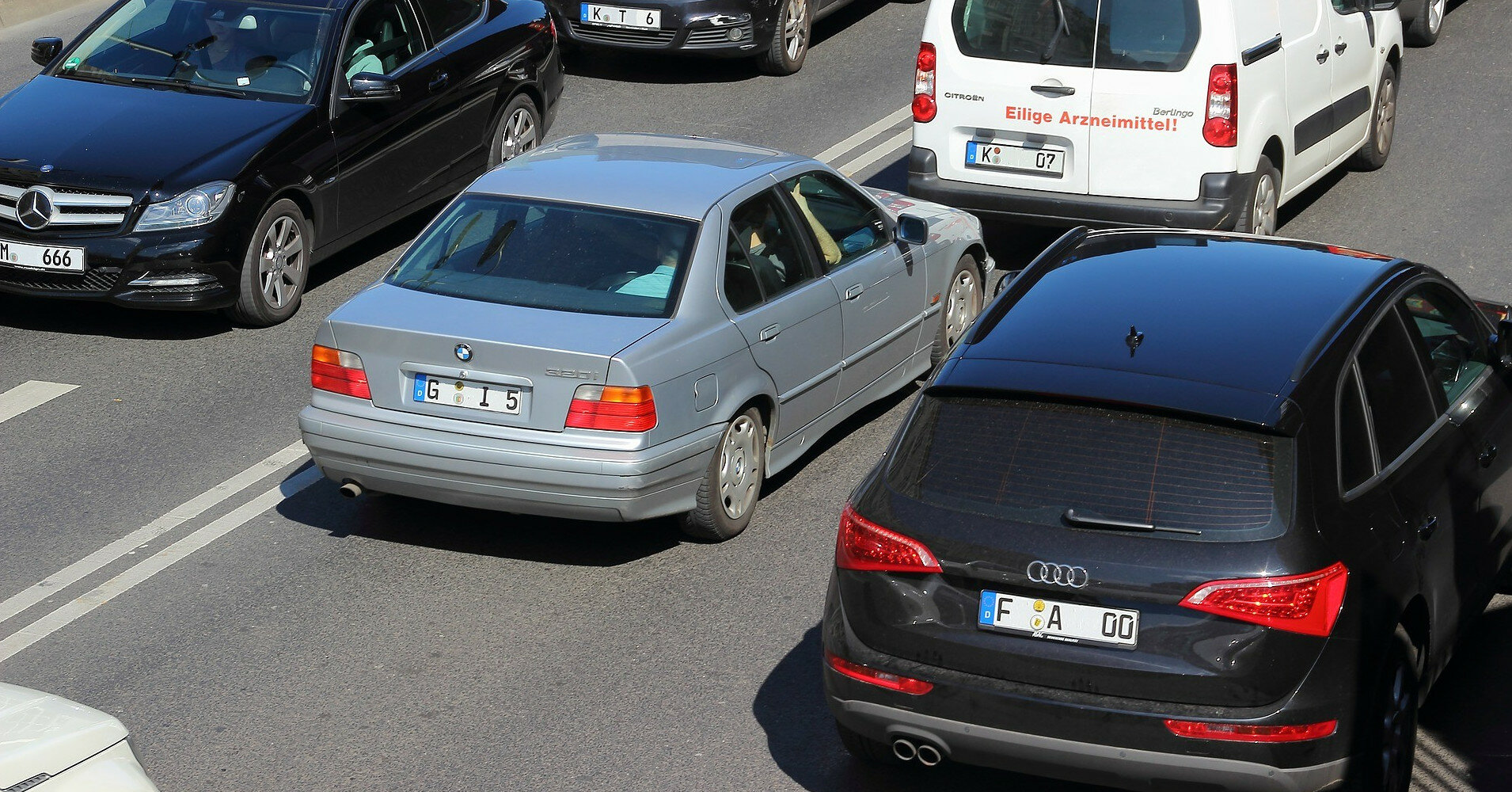 Законы о растаможке евроблях за €1000 вступили в силу