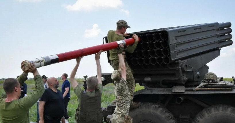 """ВСУ испытали реактивные снаряды """"Тайфун-1"""""""