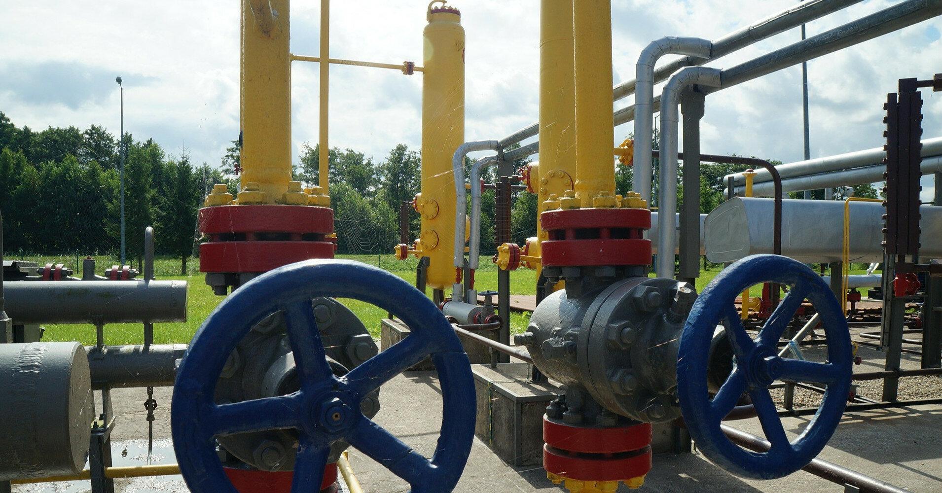 """Україна почала """"незвичний"""" імпорт газу для закачування"""