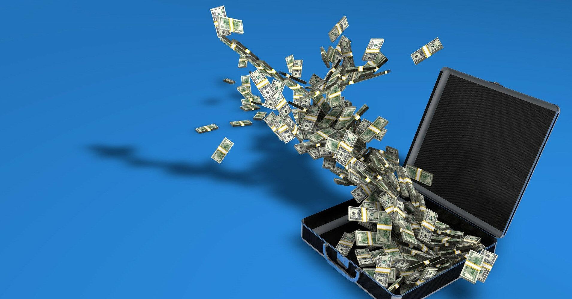 Число миллионеров в мире и их совокупное состояние выросло в 2020г