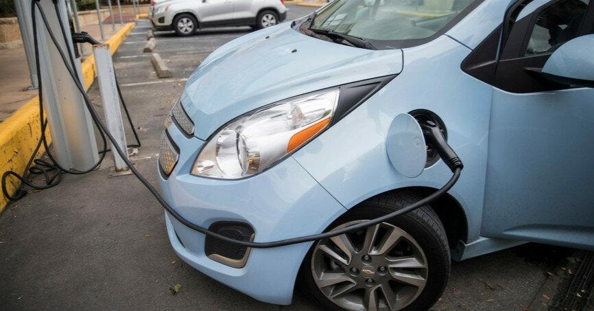 Электромобили могут перестать быть выгодной покупкой