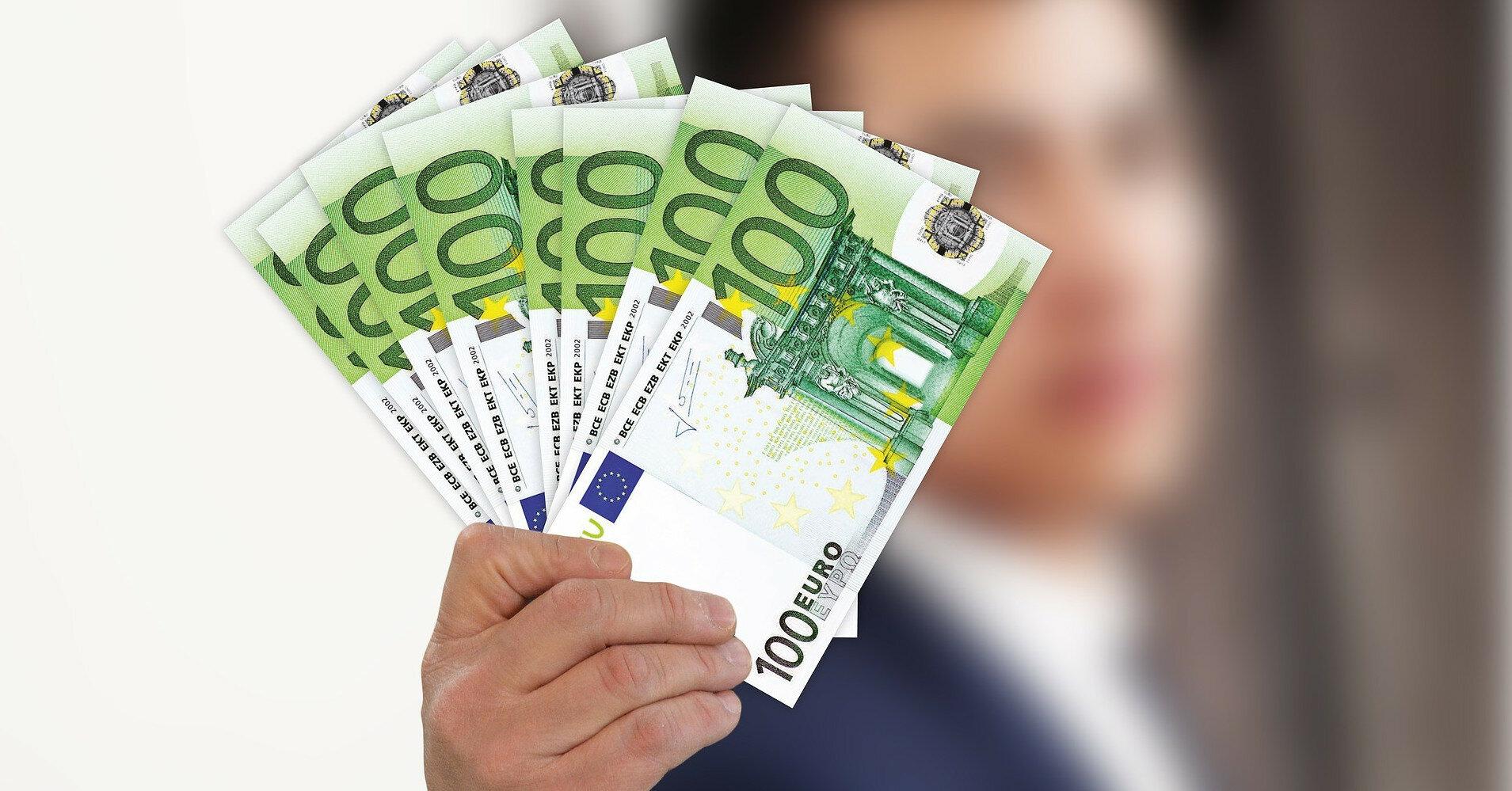 Эксперимент в Германии: участникам будут ежемесячно выдавать 1200 евро
