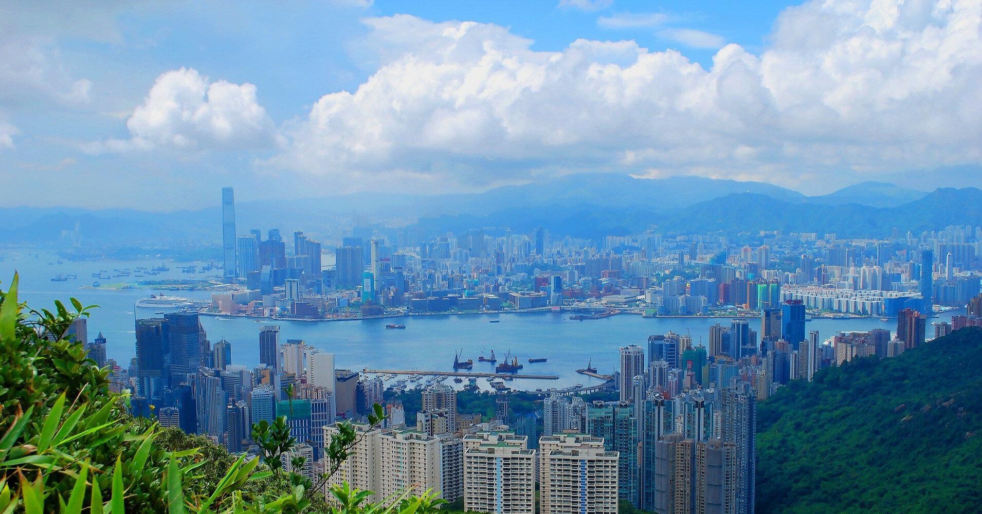В Китае построили 10-этажный дом за сутки (видео)