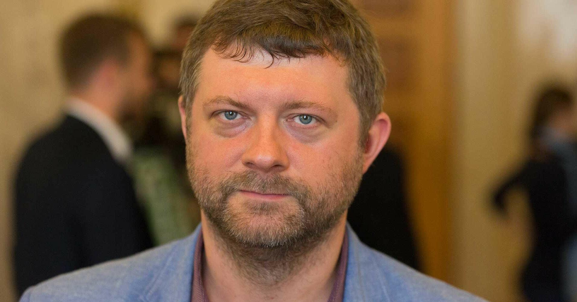Оппозиция будет блокировать трибуны, – Корниенко о законе об олигархах