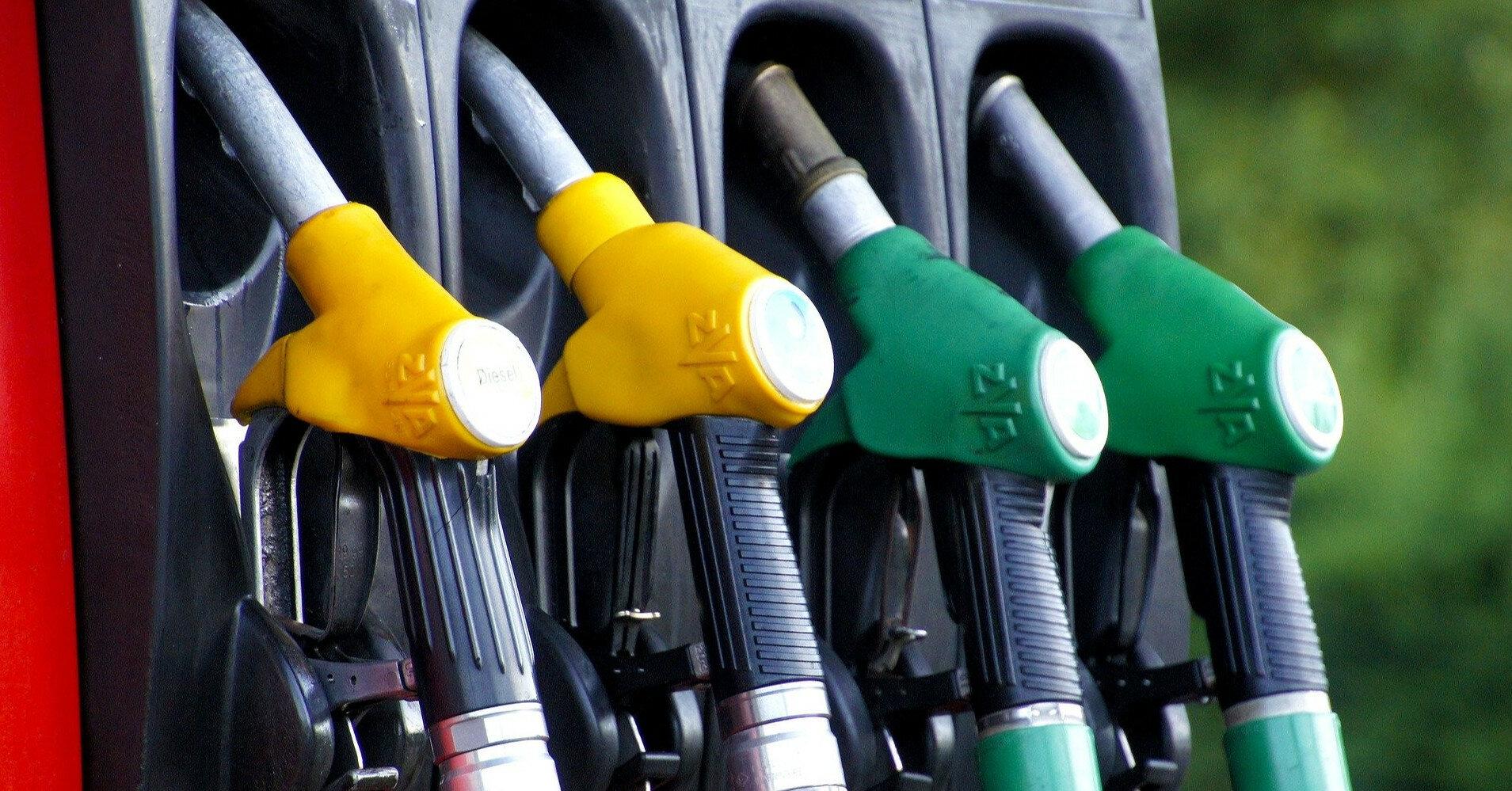 Цены на бензин возобновили рост