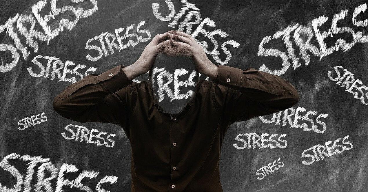 Три ловушки, которые провоцируют стресс на работе