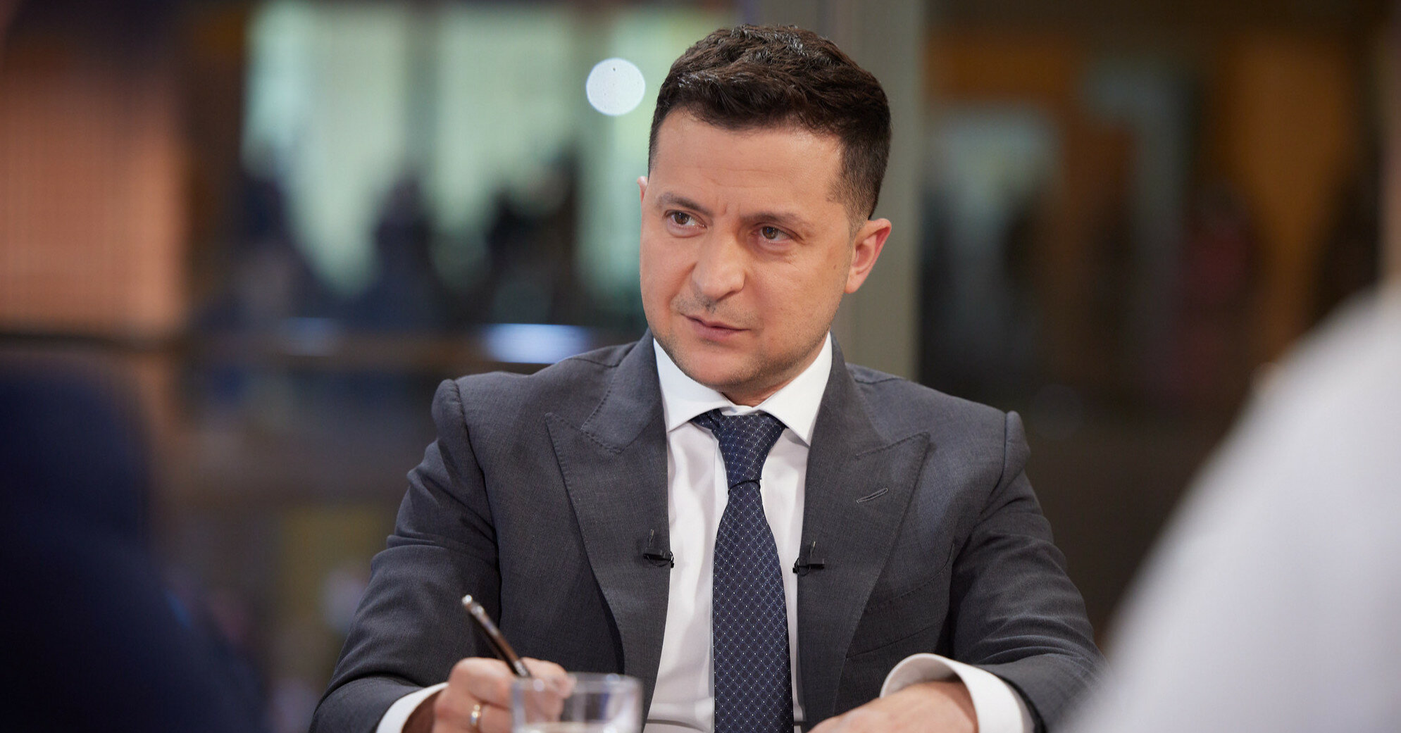 """Налог на Google"" в Украине: Зеленский подписал закон"