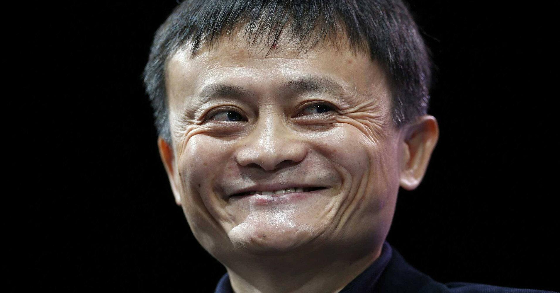 """Джек Ма """"залег на дно"""": чем занимается основатель Alibaba"""