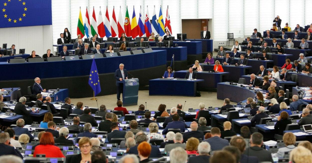 Европарламент намерен изучить роль РФ в скандале с самолетом Ryanair