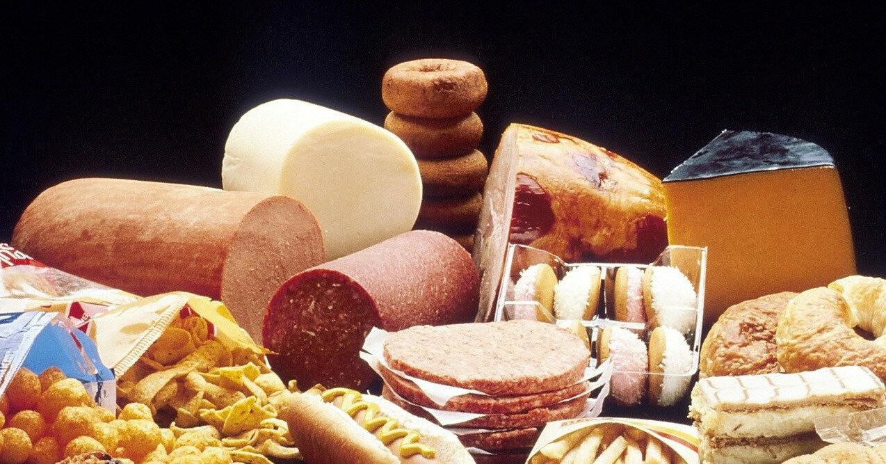 4 продукта, которые стоит сократить, если вы пытаетесь уменьшить живот