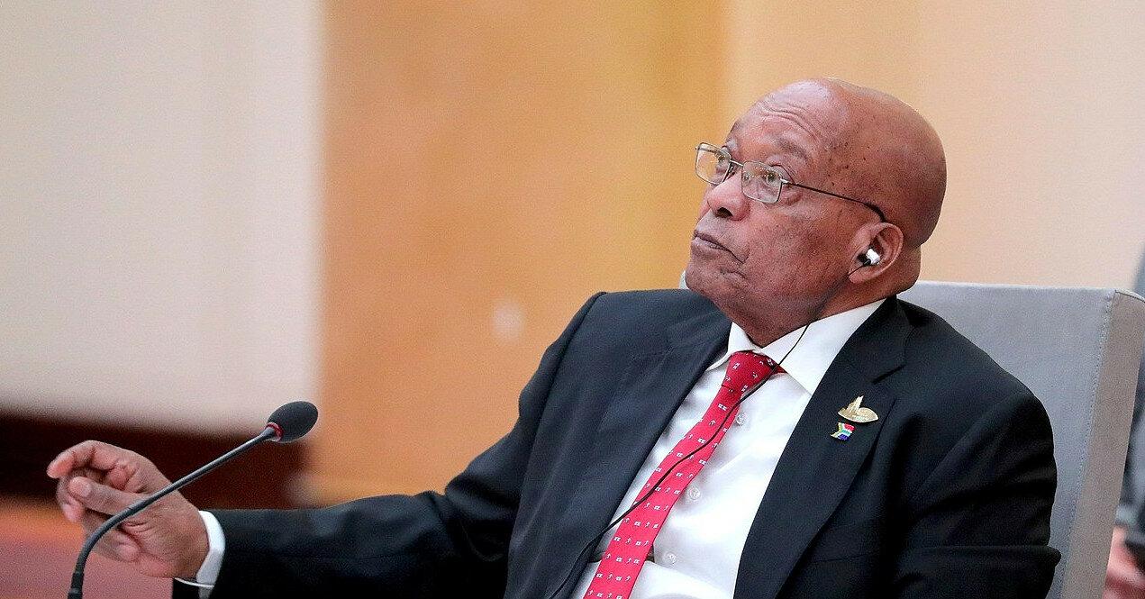 Экс-президента ЮАР Зуму приговорили к 15 месяцам тюрьмы