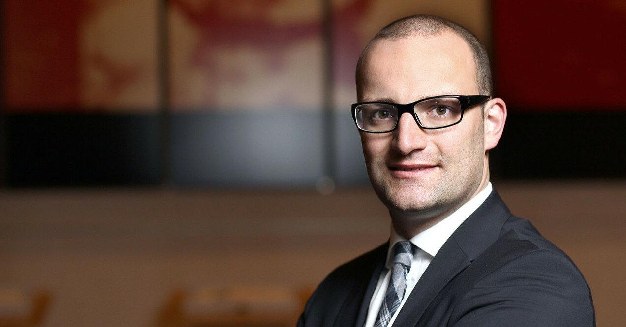 В Германии призывают к отставке главы Минздрава