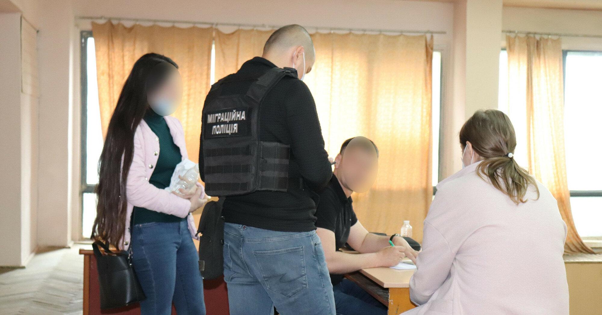 В Ужгороді студенти-медики пішли на злочин заради здачі держіспиту