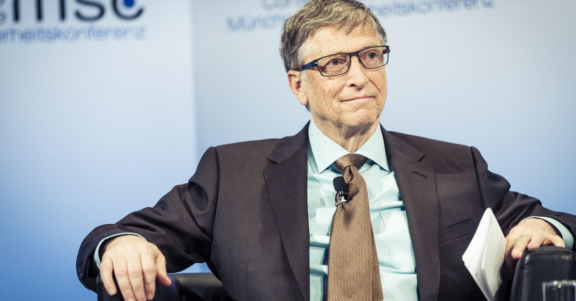 Билл Гейтс начнет бороться со щелями в домах - Bloomberg