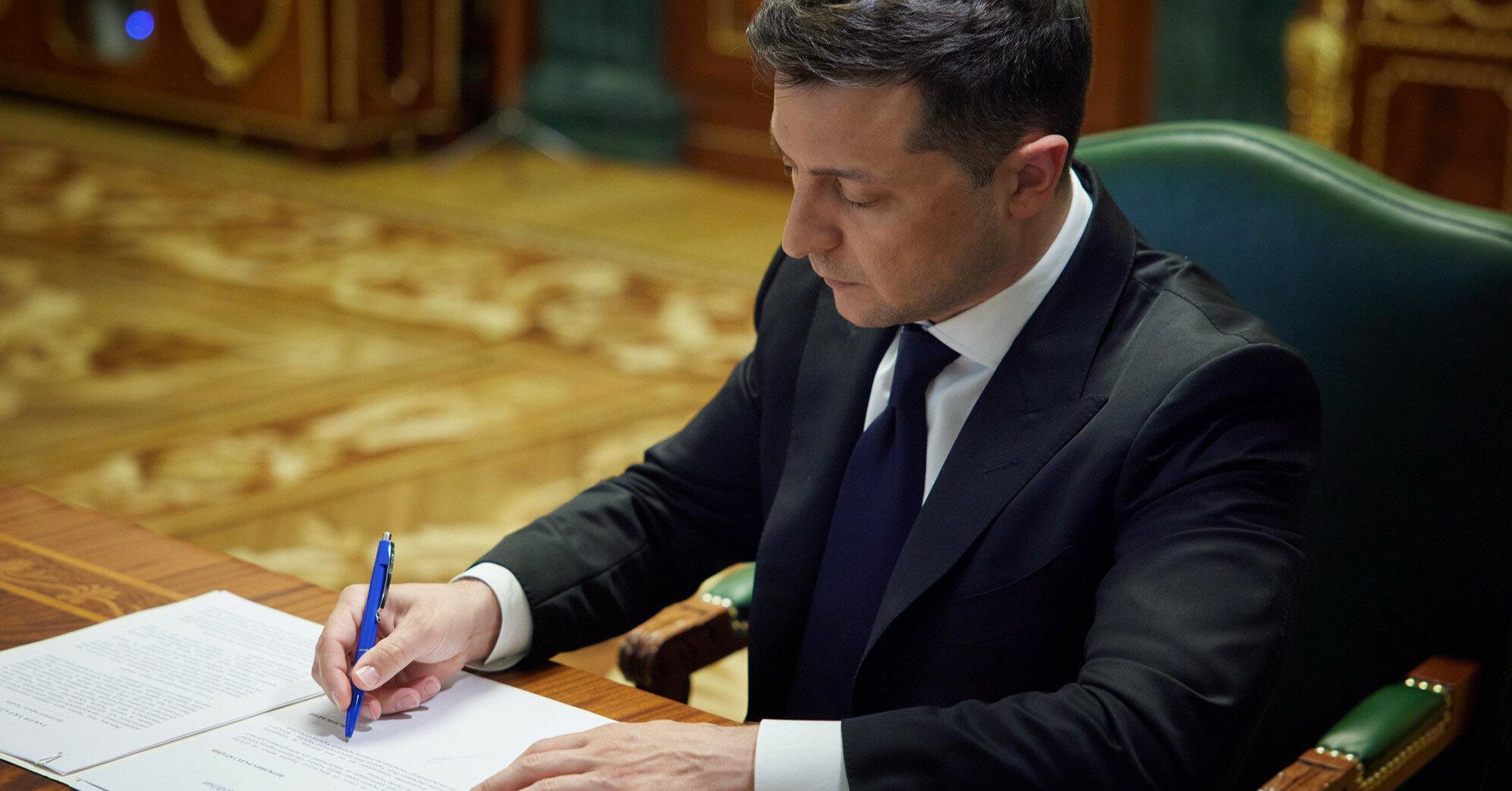 Президент утвердил создание Совета по образованию, науке и спорту