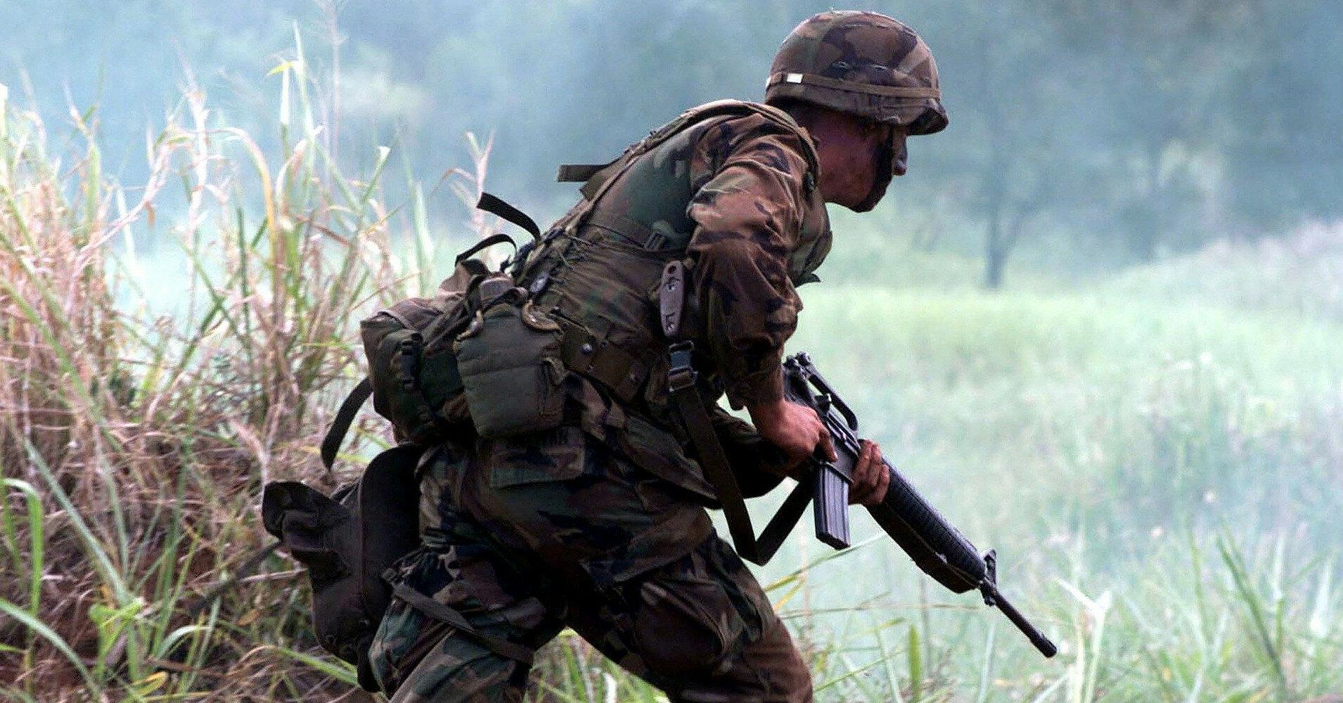 Военные США по ошибке взяли штурмом завод в Болгарии