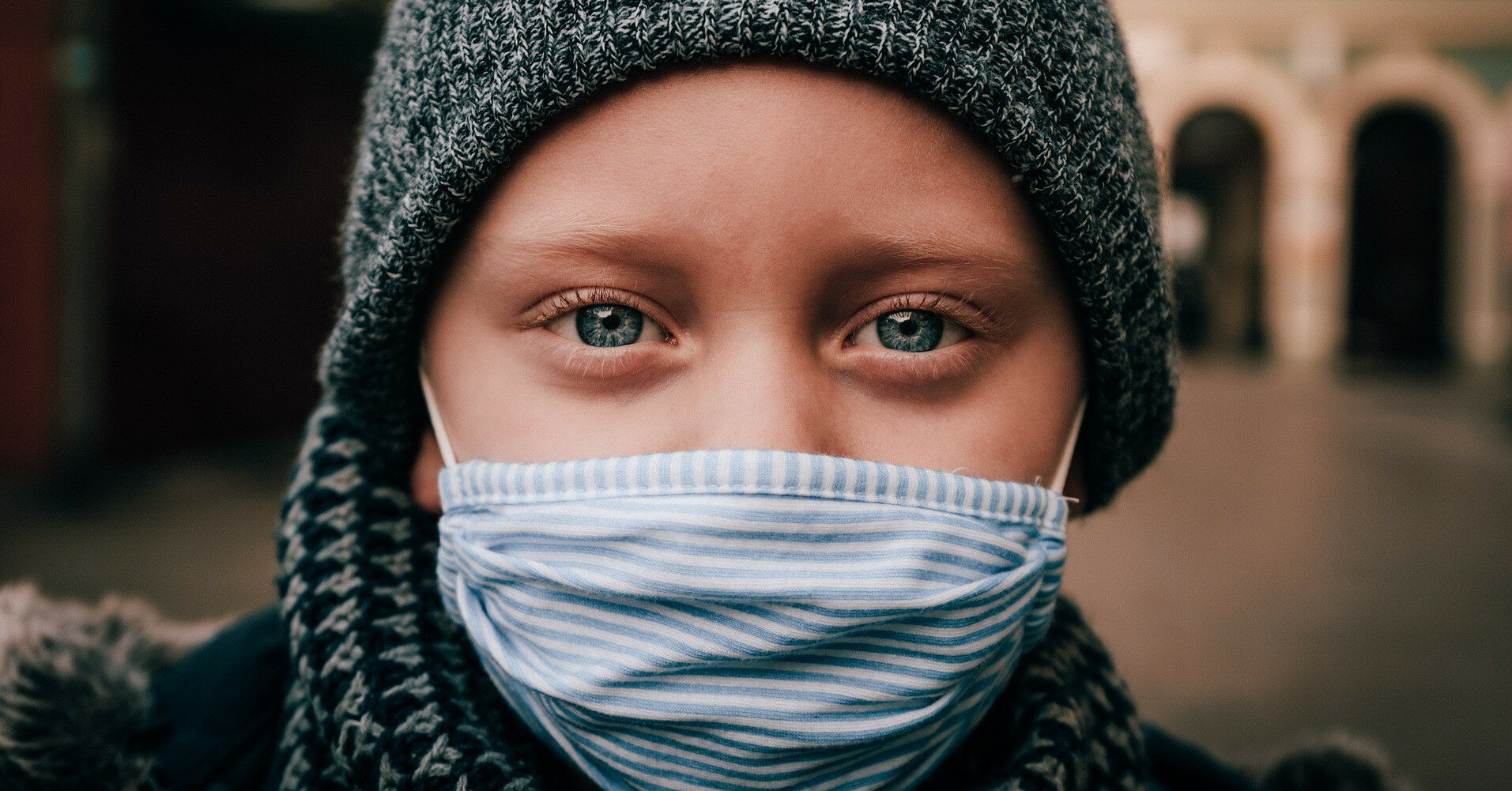 Вакцинация от COVID-19: где начали прививать детей