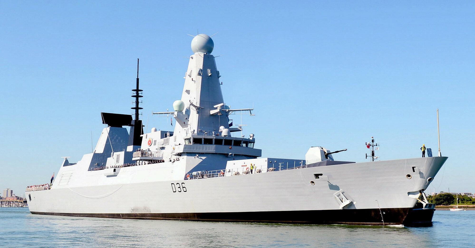 Конфлікт був: кореспондент BBC розповів про переслідування корабля Британії біля Криму
