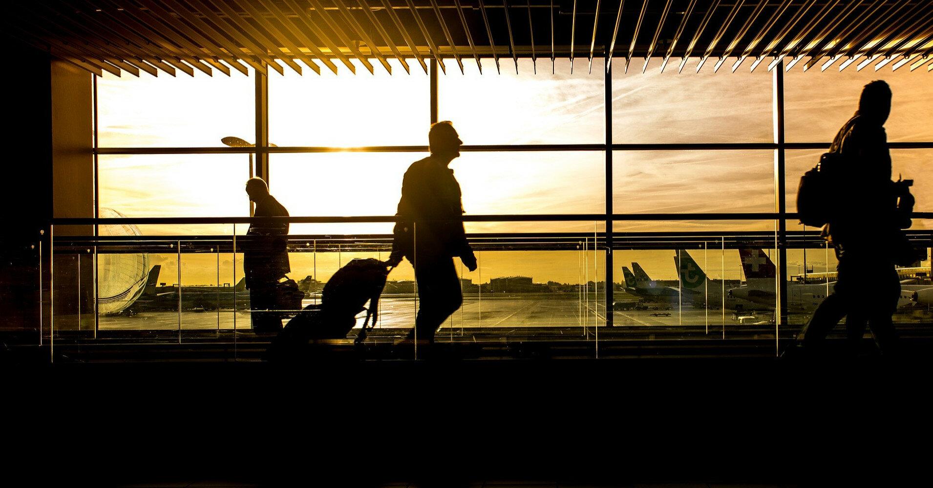 Представление декларации для выезда за границу на ПМЖ: что стоит знать