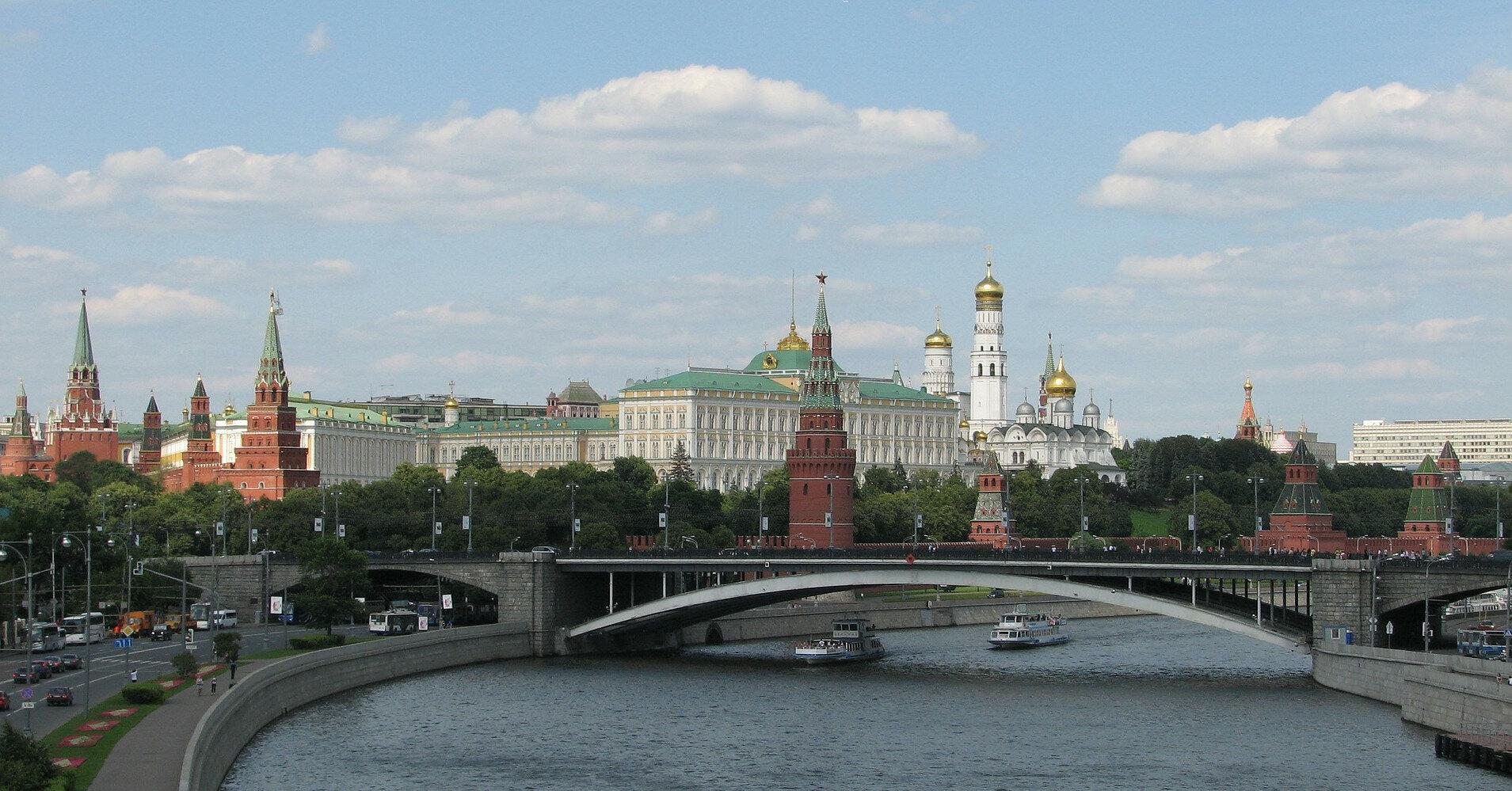 В Москве взорвался склад пиротехники (видео)