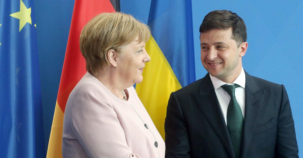Меркель пригласила Зеленского в Германию