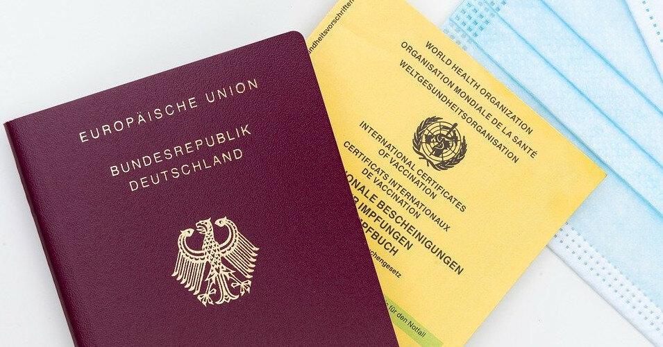Стало известно, сколько граждан ЕС получили COVID-сертификаты
