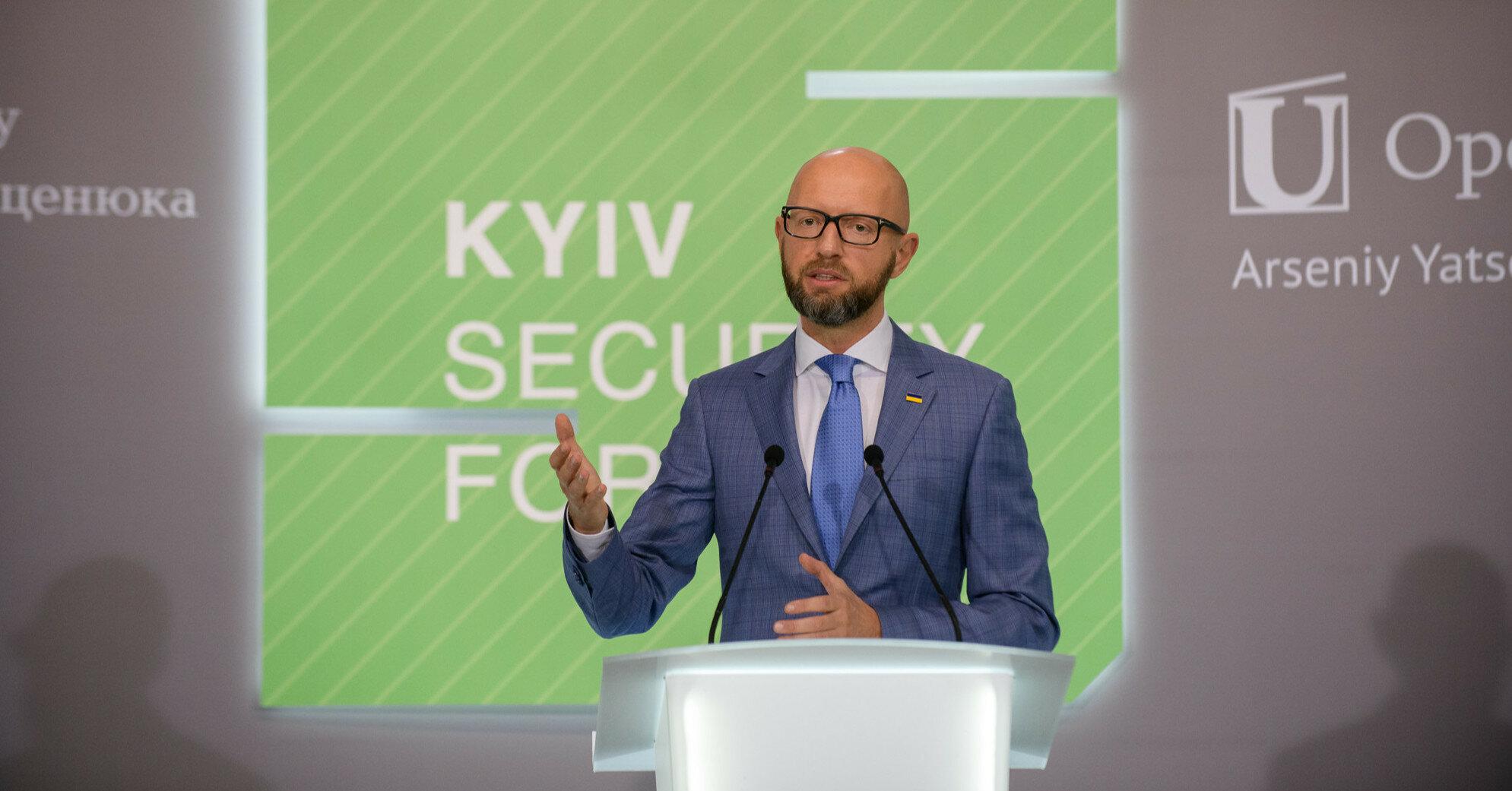 Санкций мало, нужен приговор, – Яценюк о деле Медведчука