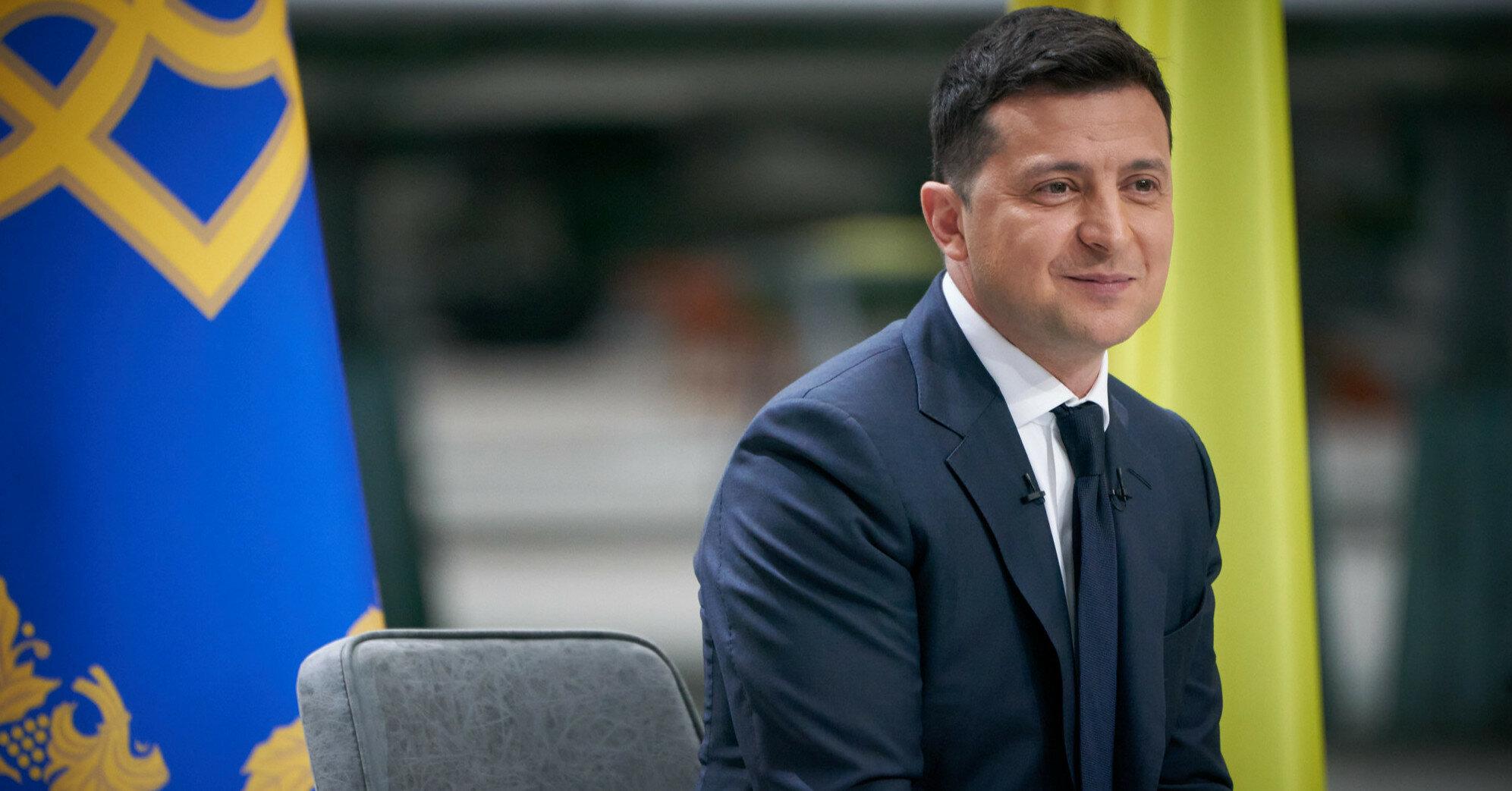 Зеленский подписал решение об урегулировании ситуации на оккупированных территориях