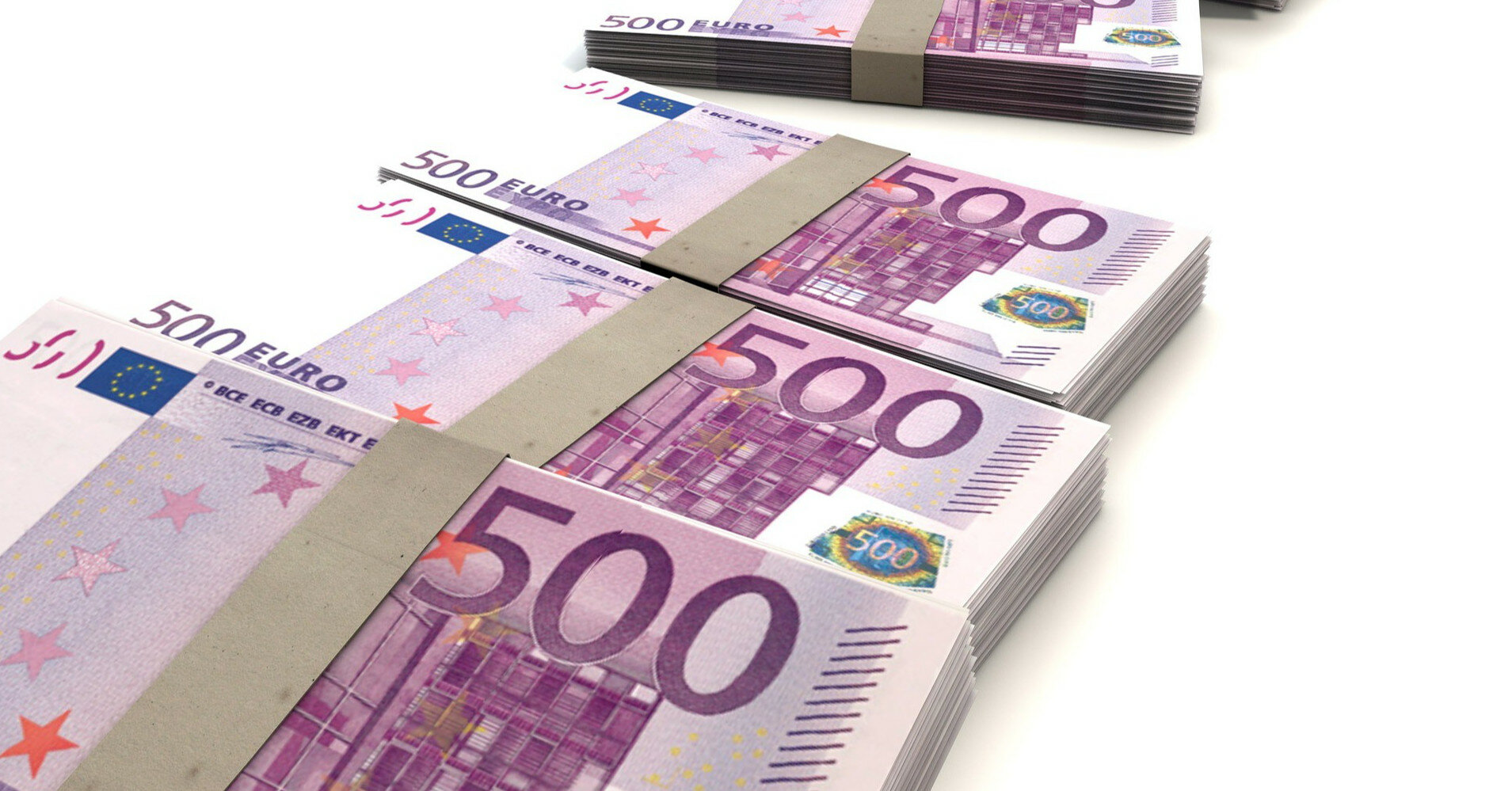 Европейцы накопили сотни миллиардов лишних сбережений