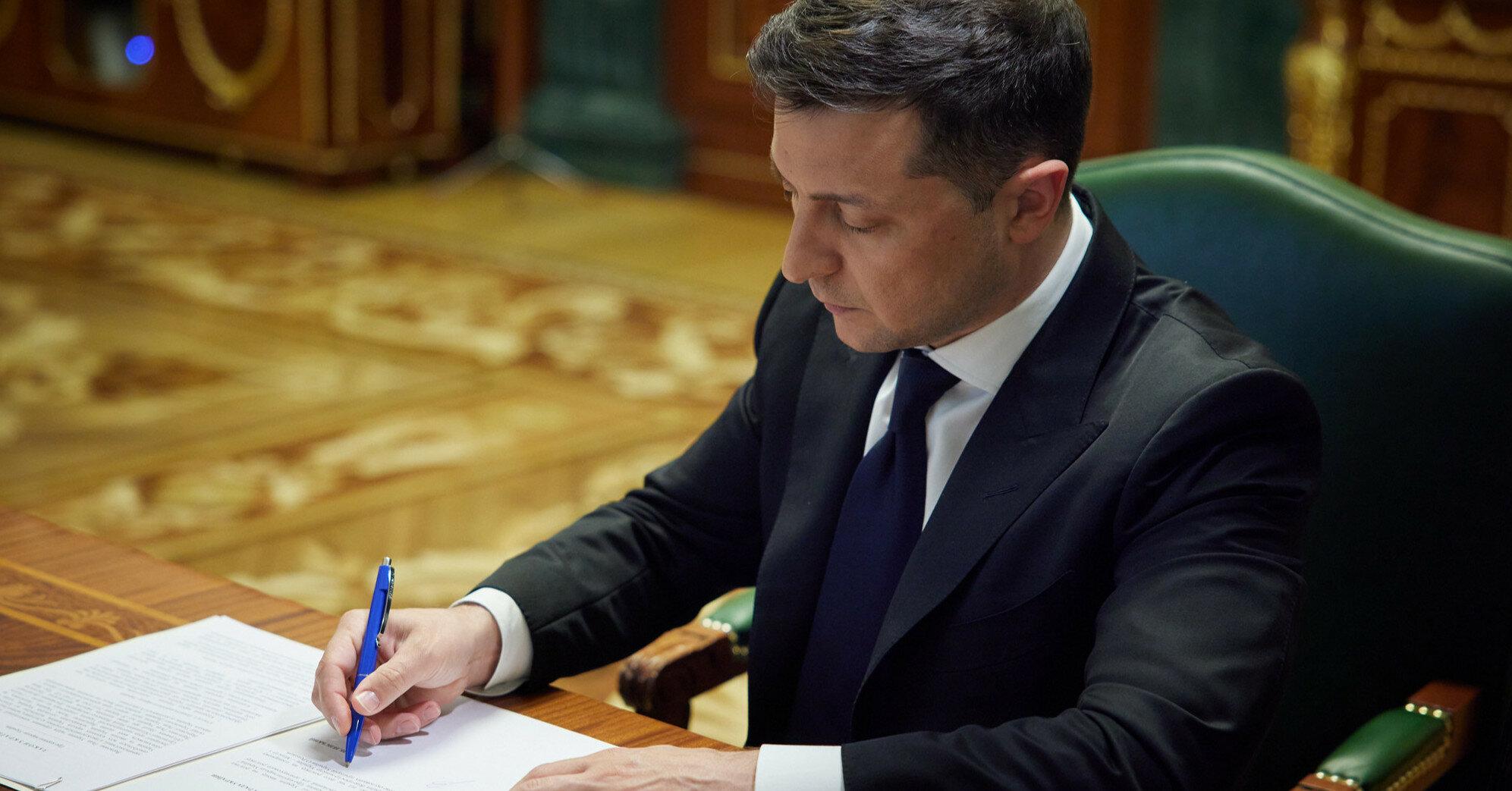 Зеленский назначил экс-посла Украины Сибигу замглавы ОП