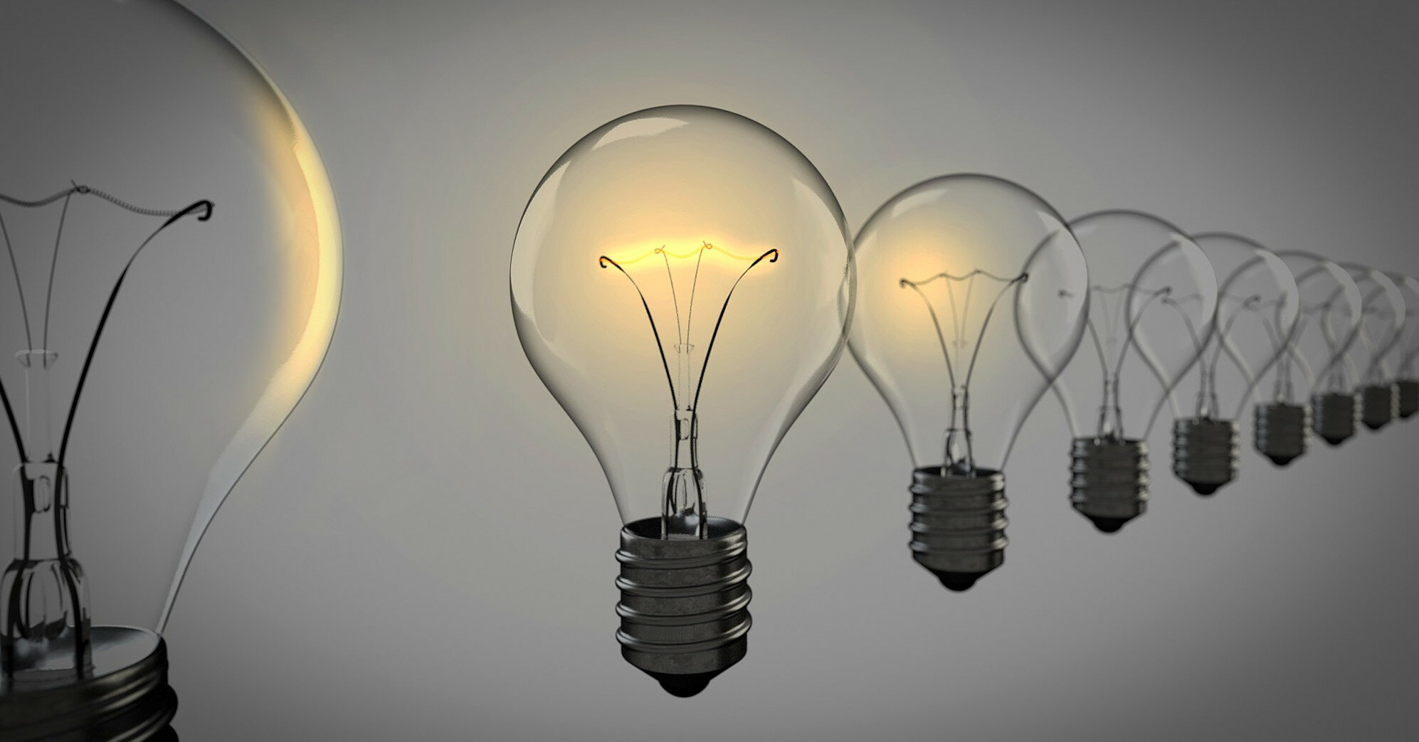 Тарифы на электроэнергию: кому пересчитают платежки