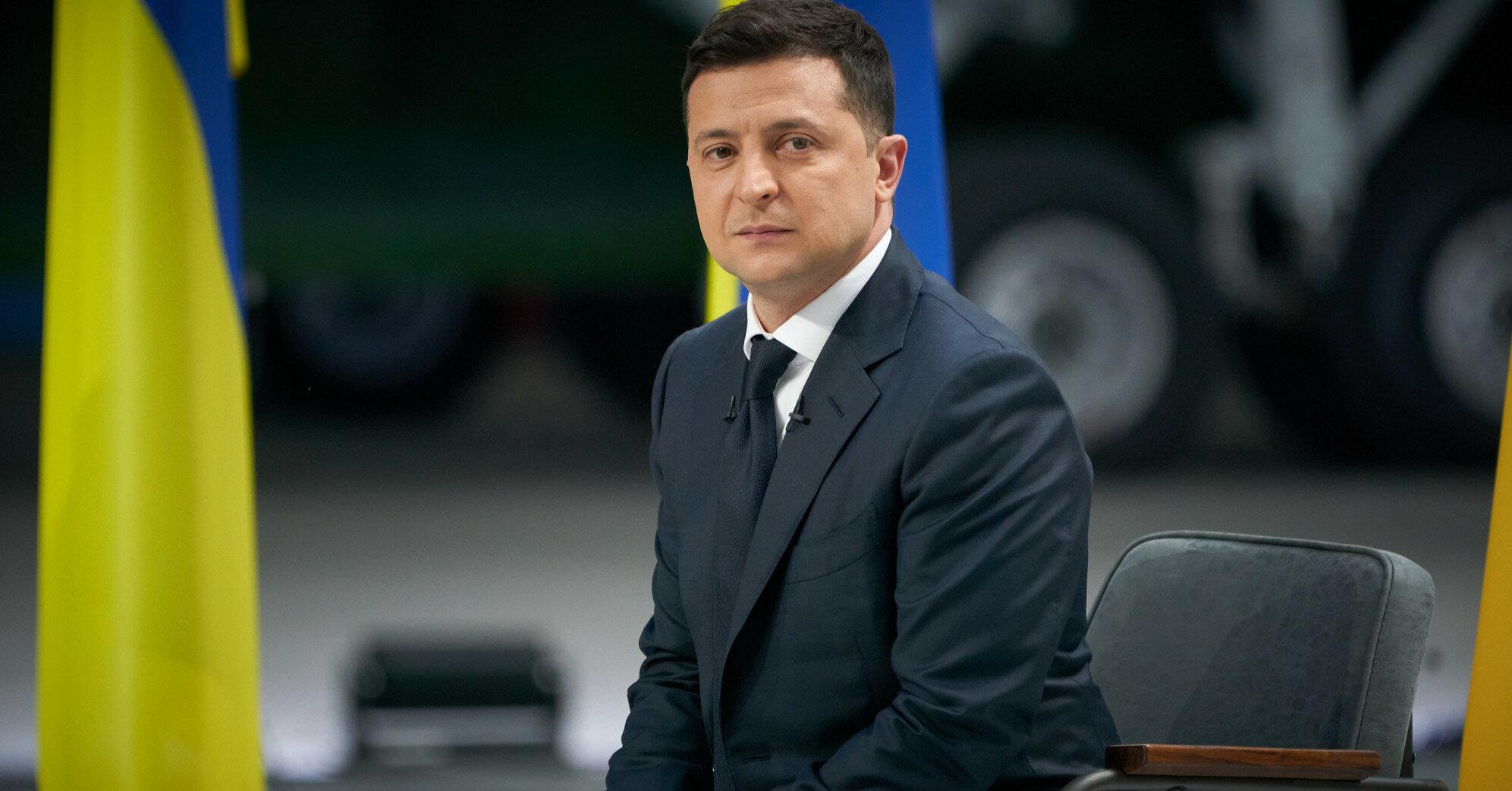 """""""Евросолидарность"""" призвала Зеленского ветировать закон о налоговой амнистии"""