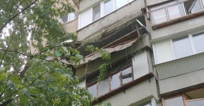 Устроил теплицу: подробности обвала балкона в Киеве