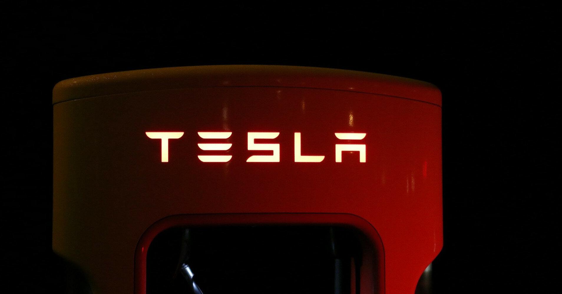 Илон Маск объяснил подорожание машин Tesla