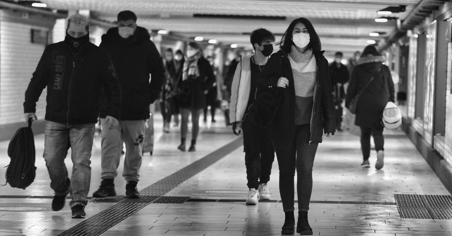 Эпидемиолог: можно ли прекратить носить маски