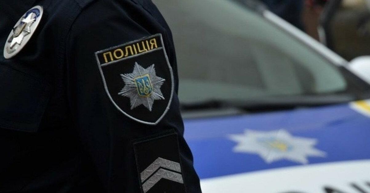В Ровно хулиган накинулся на полицейских, чтобы отбить приятеля